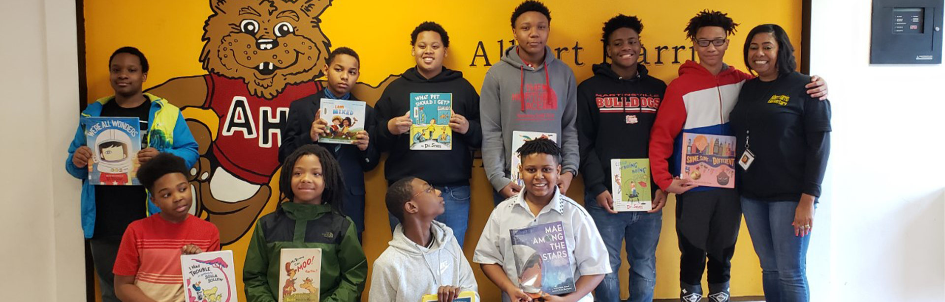 MMS SWAGGER members read to AHES students